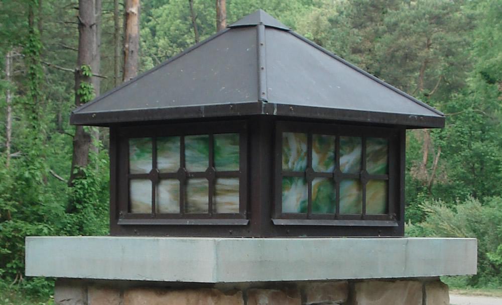 traditional light box frame